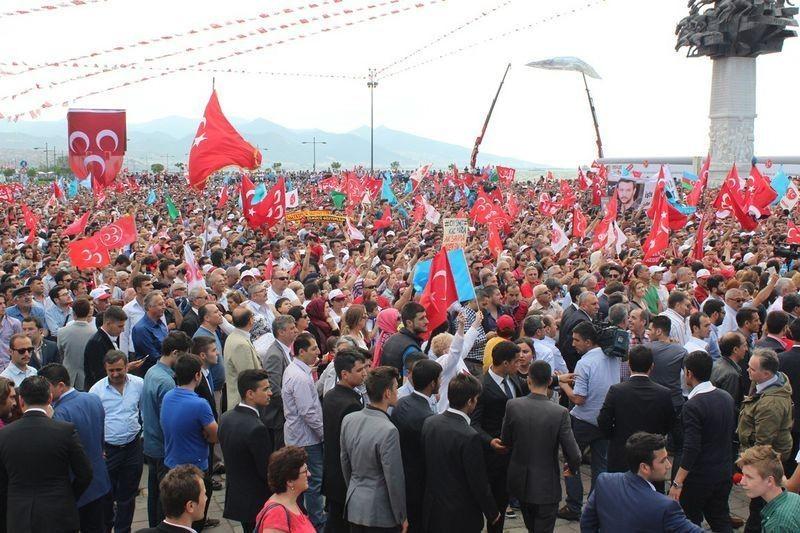 MHP İzmir'de alanlara sığmadı - Foto Haber 2