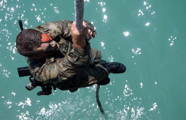 Türk Komandoları nefesleri kesti 17