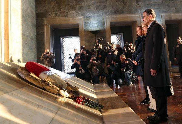 Ödülünü aldı, Anıtkabir'e koştu 13