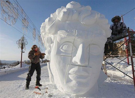Göz alıcı kar heykeller 1