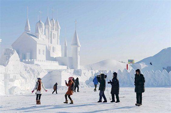 Göz alıcı kar heykeller 6