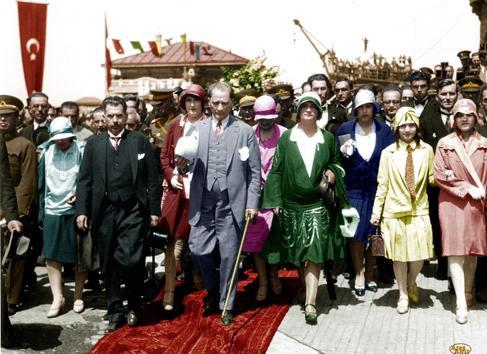 Atatürk albümü 10