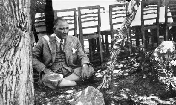Atatürk albümü 3