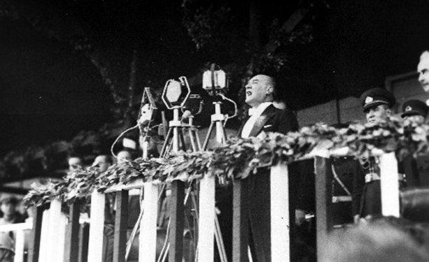 Atatürk albümü 8