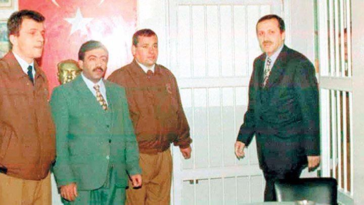 İşte Erdoğan'ın gençlik ve askerlik fotoğrafları 18