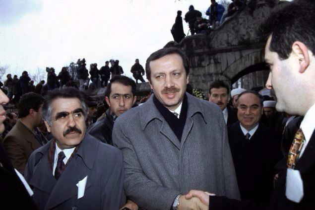 İşte Erdoğan'ın gençlik ve askerlik fotoğrafları 23