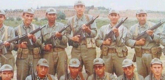İşte Erdoğan'ın gençlik ve askerlik fotoğrafları 3