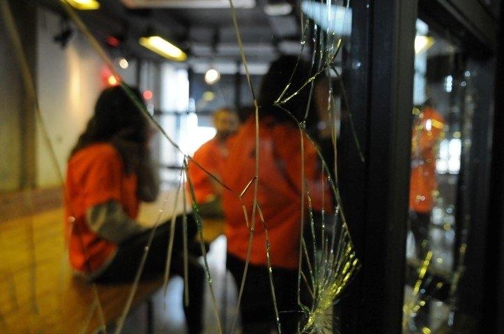 """Hapishane konseptli """"Kodes Cafe"""" açıldı 12"""