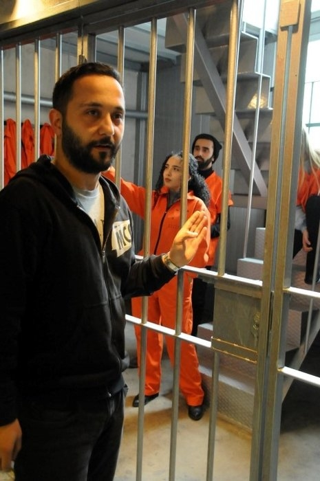 """Hapishane konseptli """"Kodes Cafe"""" açıldı 13"""