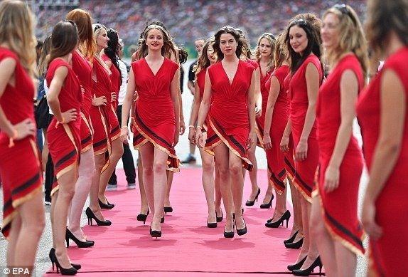 Formula-1 Kızlarına Feminizm engeli 22
