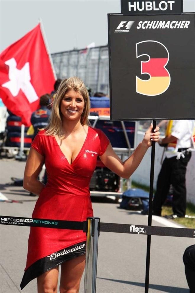 Formula-1 Kızlarına Feminizm engeli 25