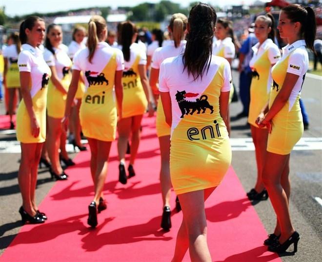 Formula-1 Kızlarına Feminizm engeli 31