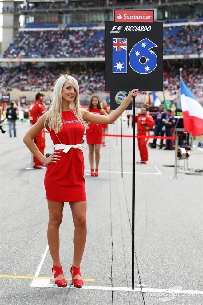 Formula-1 Kızlarına Feminizm engeli 38