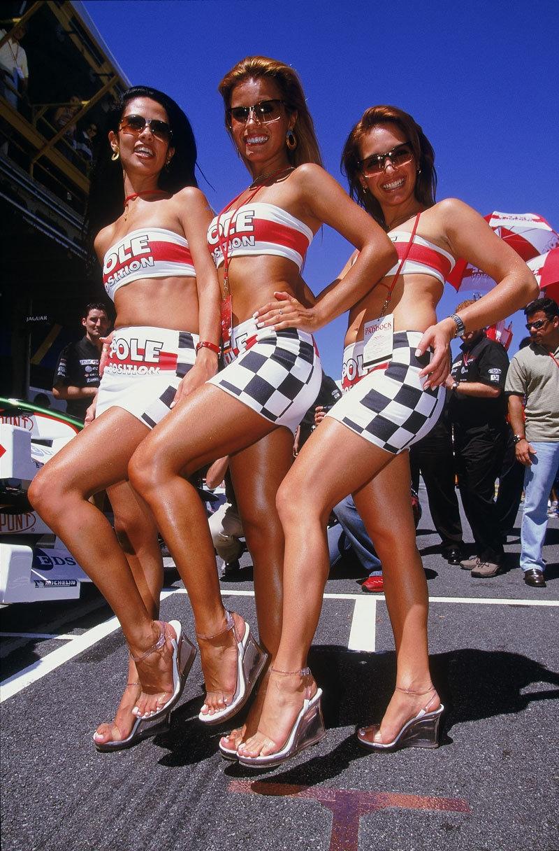 Formula-1 Kızlarına Feminizm engeli 43