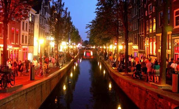 İşte en iyi gece hayatına sahip şehirler 15