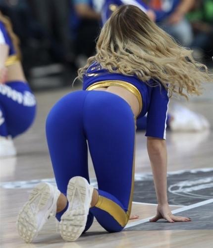 Basket maçına dans gösterisi damga vurdu 6
