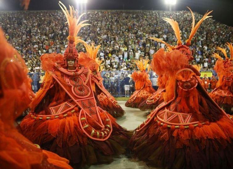 RİO Karnavalından müthiş görüntüler 16