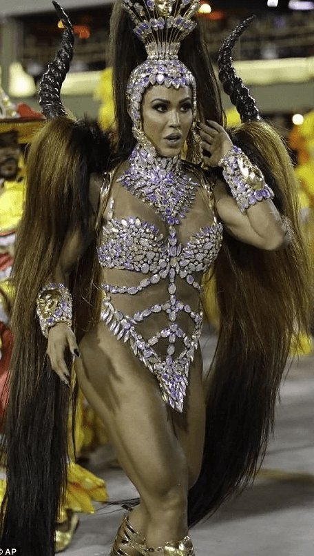 RİO Karnavalından müthiş görüntüler 17
