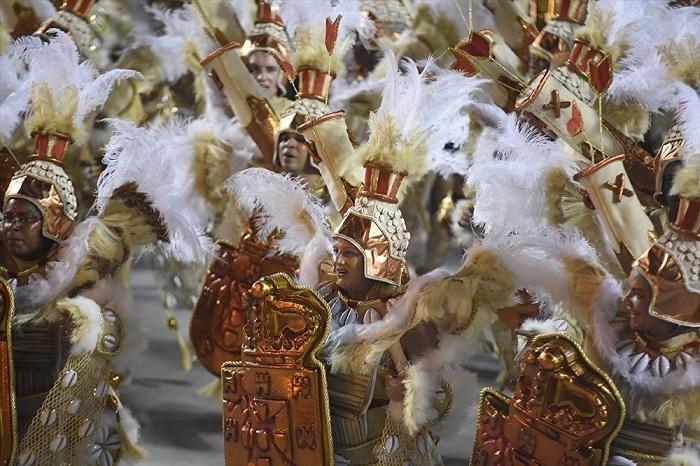 RİO Karnavalından müthiş görüntüler 24