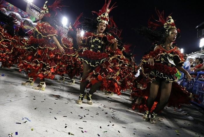 RİO Karnavalından müthiş görüntüler 25