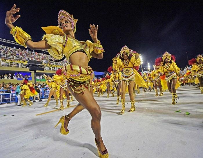 RİO Karnavalından müthiş görüntüler 32