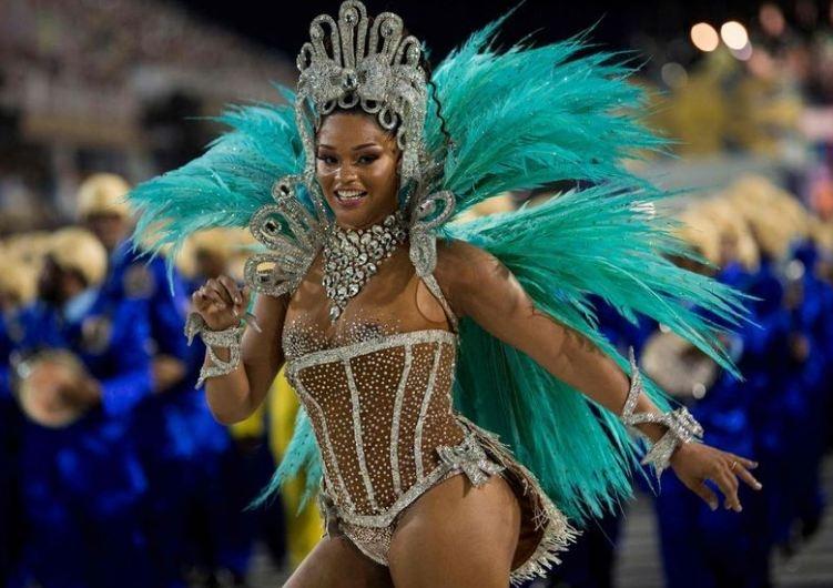 RİO Karnavalından müthiş görüntüler 7