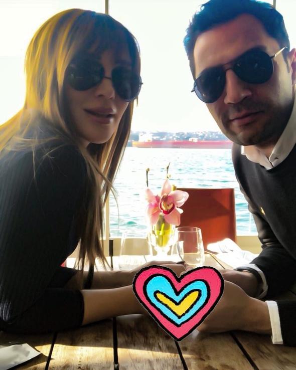 Ünlüler 'Sevgililer Gününü' nasıl kutladı? 12