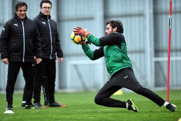 Çukur'un 'Vartolu Sadettin'i Bursaspor'a transfer oldu 4