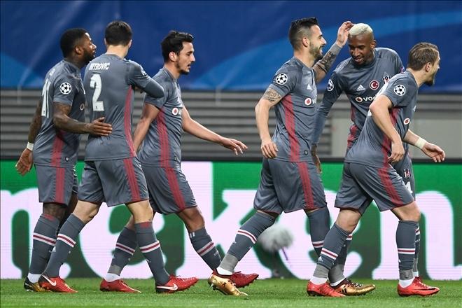 İşte spor yazarlarının Münih-Beşiktaş maçı skor tahminleri 24