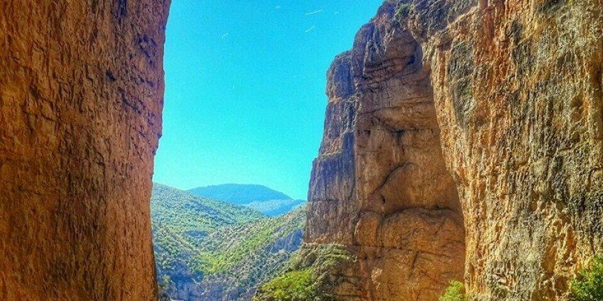 """Türkiye'nin büyüleyici güzelliklerinden """"Cehennem Deresi Kanyonu"""""""