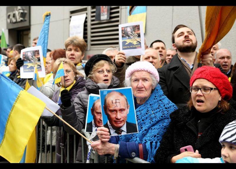 Kırım Türkleri ABD'de Rusya'yı Protesto etti 2