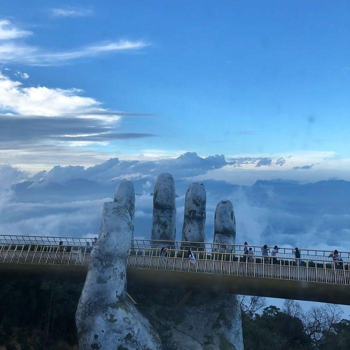 Yer ile gök arasında: Vietnam'daki Altın Köprü 14