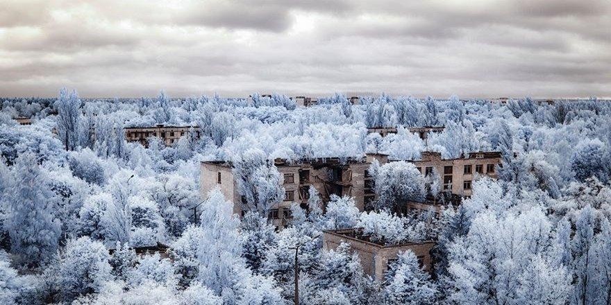 Faciadan 33 Yıl Sonra Çernobil Manzaraları