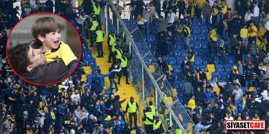 Fenerbahçe maçındaki gerilim tribünlere sıçradı!