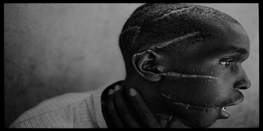 Resimlerle Ruanda Katliamı