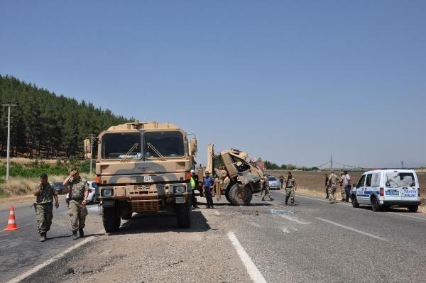 Gaziantep'te askeri araç devrildi! Yaralılar var 5