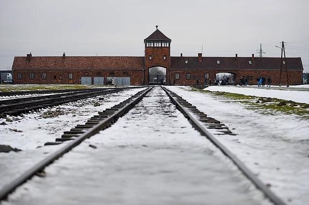 Amazon skandalı ile gündeme gelen Auschwitz kampında neler yaşanmıştı? 1