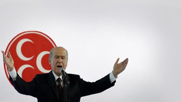 'Erdoğan güç çılgınlığıyla yoldan çıktı'