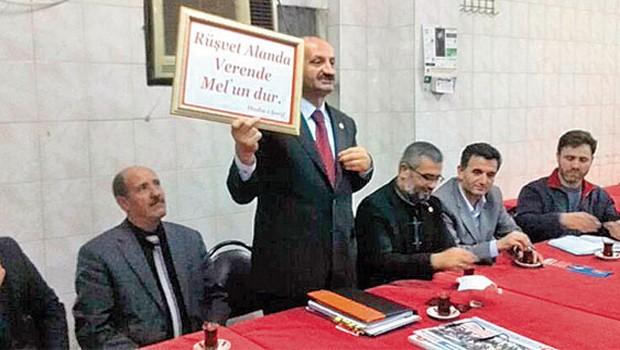 AKP oy için çarşafa dolandı