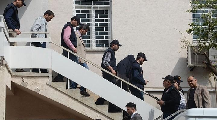 Adana'da polise operasyon 8 gözaltı