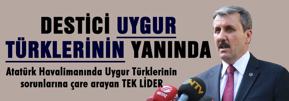 Destici Uygur Türklerini ziyaret etti