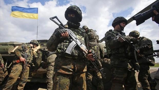 Ukrayna'da çatışma başladı : 11 ölü