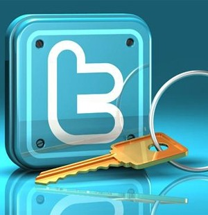 Twitter 2 hesabı engelledi