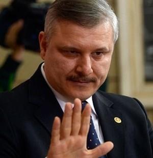 AKP kapımı aşındırdı 'vekil ol' diye