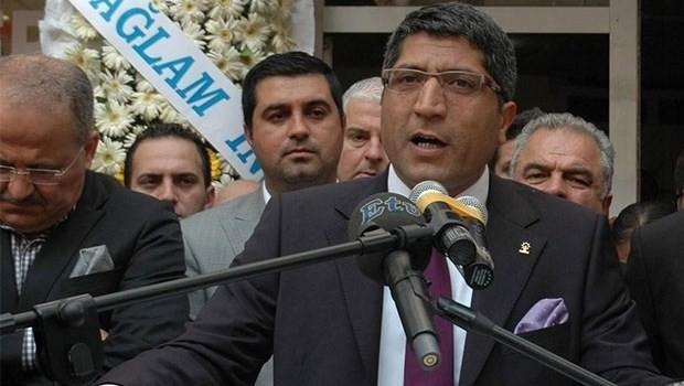 AKP'den bir istifa daha