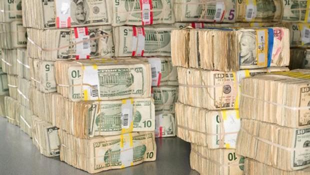 Dolar daha da yükseldi