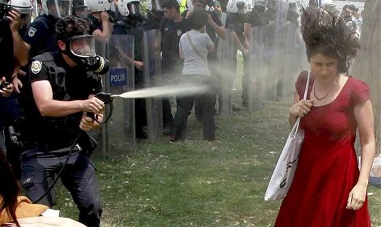 Polis gazı kanser etti