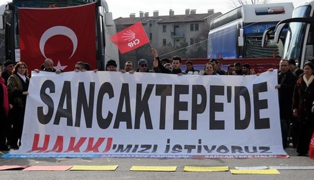CHP tabanı Genel Merkeze yürüdü