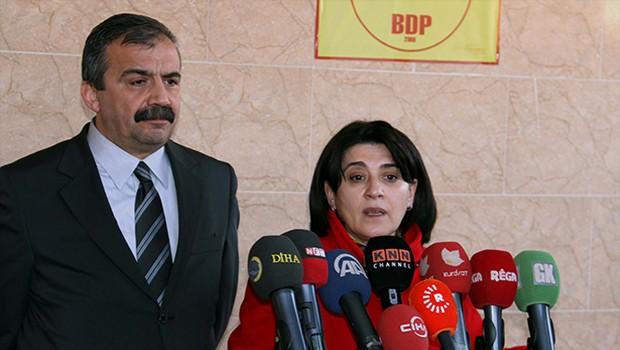 Barzani ve Öcalan birbirine yakın