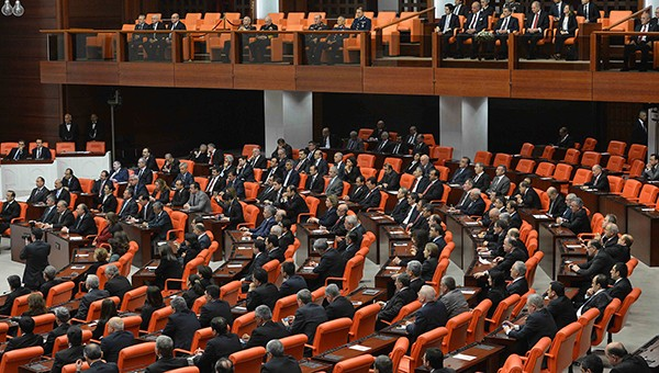 Dershane düzenlemesi Meclis'ten geçti